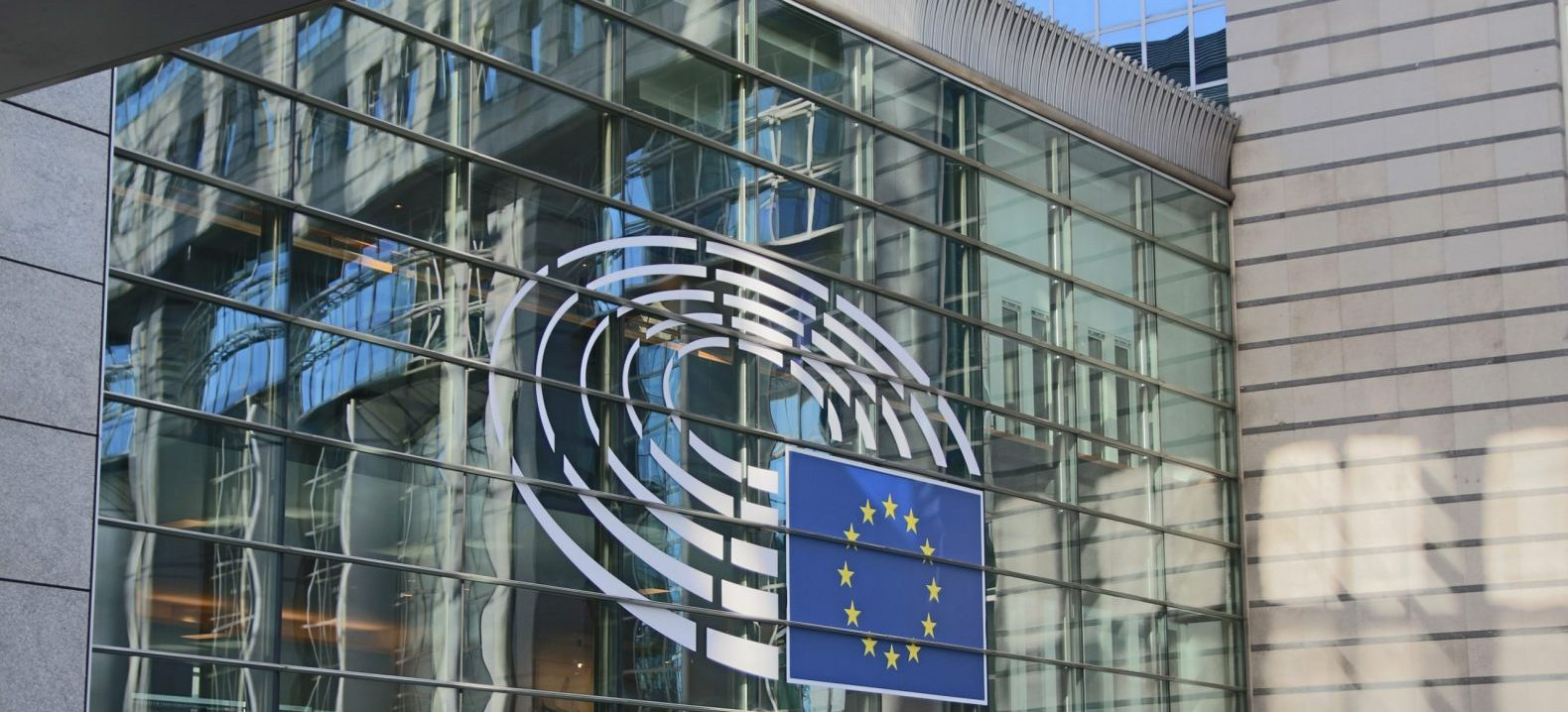 EU-Parlament beschließt Fonds für gerechten Übergang zu nachhaltiger Wirtschaft  – Weiterbildung inklusive